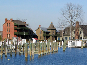 image from http://www.destinationmainstreets.com/maryland/st-michaels.php